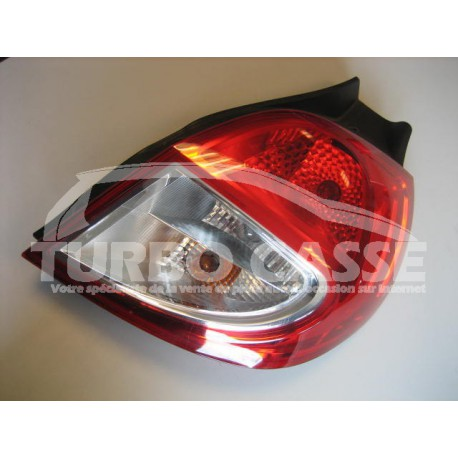 Feu Arriere Droit Renault Clio Iii Occasion Turbo Casse