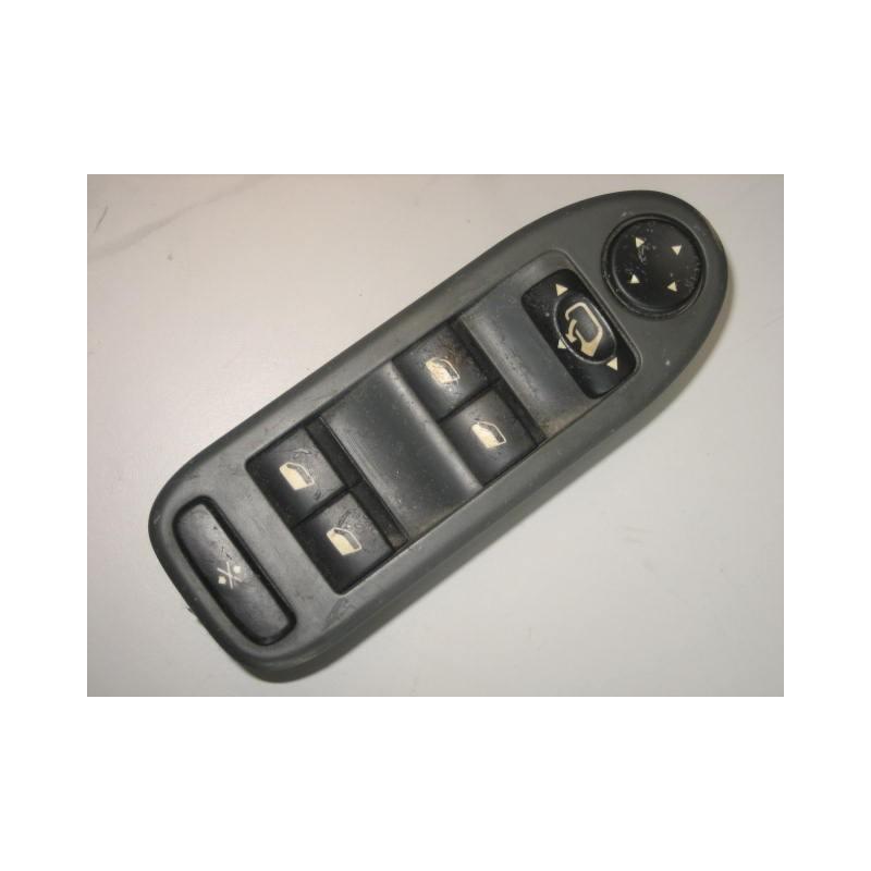 interrupteur l ve vitre et r troviseurs citro n c5 occasion turbo casse. Black Bedroom Furniture Sets. Home Design Ideas