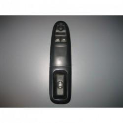 Interrupteur lève-vitre automatique gauche Peugeot 406 II